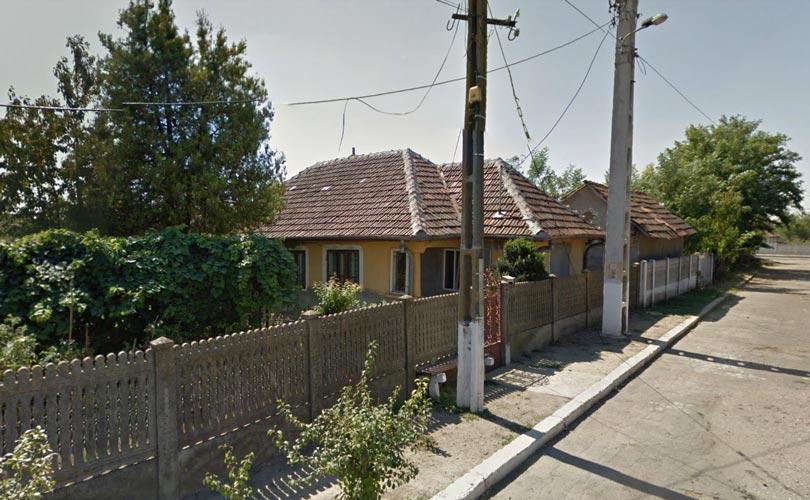 Casa 4 camere, 110,58mp + teren intravilan 480mp, Bailesti, jud. Dolj