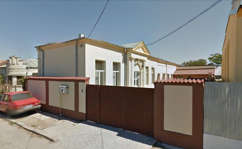 Casa 6 camere + garaj + teren intravilan 567mp, Caracal, jud. Olt