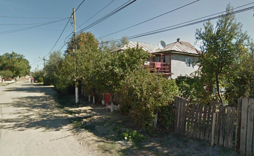Casa S+P+E 147,62mp + teren intravilan 1.000mp, Golesti, jud. Vrancea