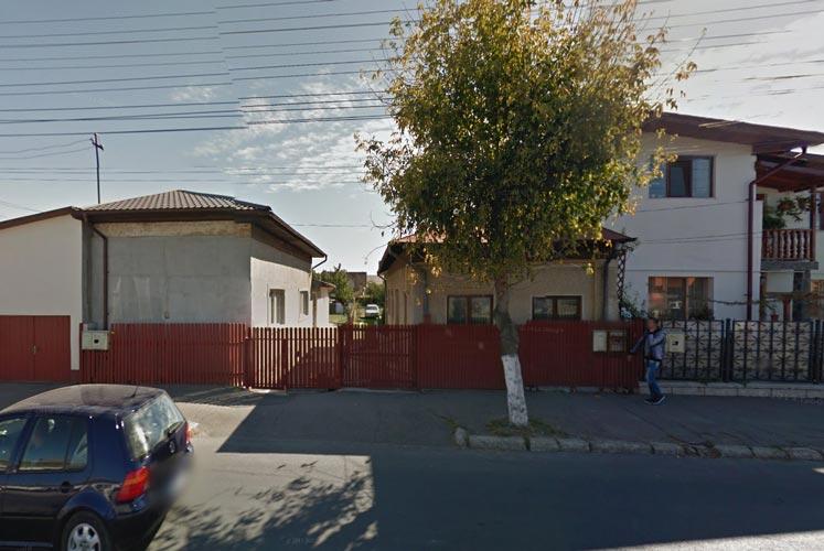 Casa 66,98mp + casa 51,48mp + garaj + teren intravilan 535mp, Campina, jud. Prahova