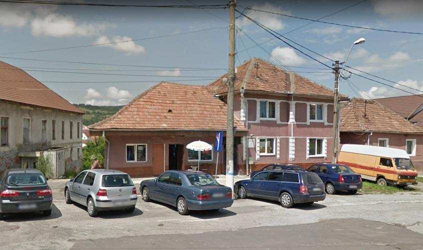 Casa D+P+E + bar + teren intravilan 299mp, Medias, jud. Sibiu