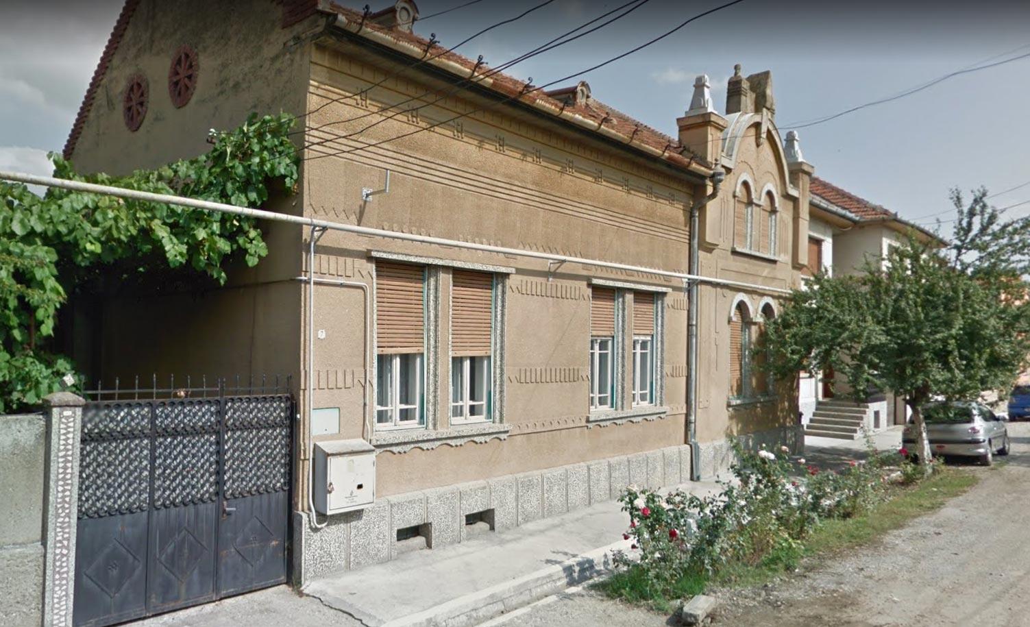 Casa 252,30mp + anexa + teren intravilan 412mp, Lugoj, jud. Timis